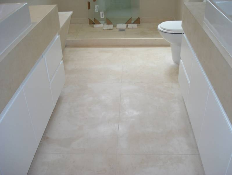 Empresa de Piso de Mármore para Banheiro Jaraguá - Piso de Cozinha em Silestone