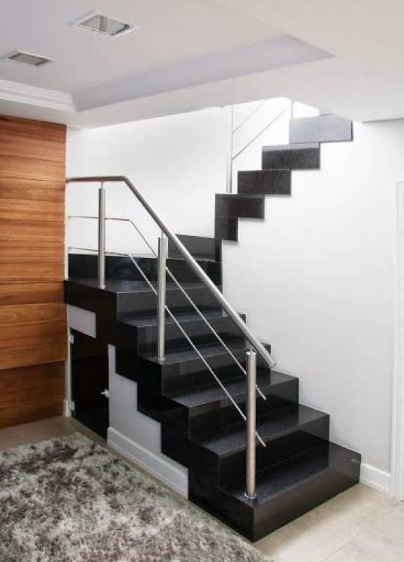 Escada de Granito Preto Preço Serra da Cantareira - Escada com Mármore