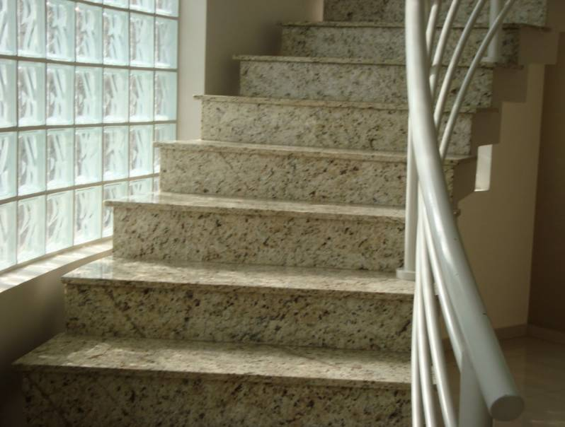 Escada de Granito Rio Claro - Escada com Mármore