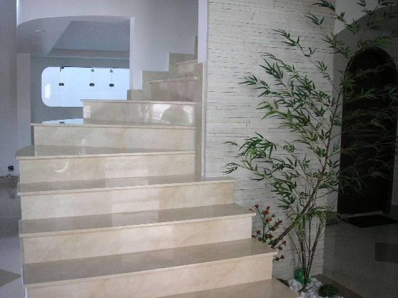Escada de Mármore Travertino Vila Andrade - Escada com Mármore