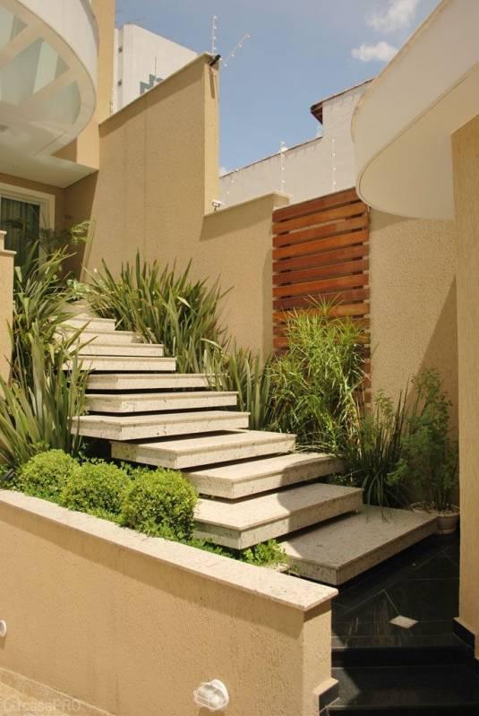 Granito para Fachadas Residenciais Itaquaquecetuba - Fachada de Casa com Mármore