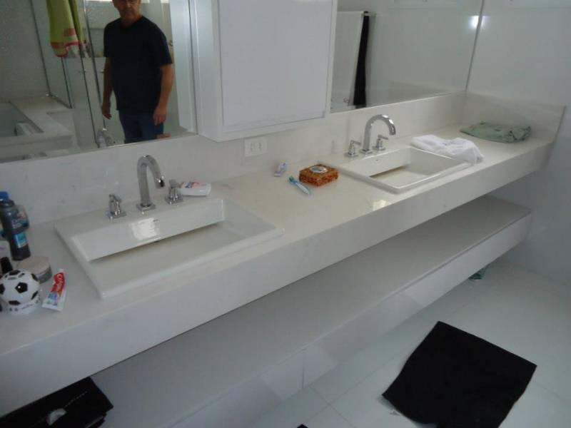 Lavatório com Cuba Esculpida Piqueri - Lavatório para Banheiro em Mármore