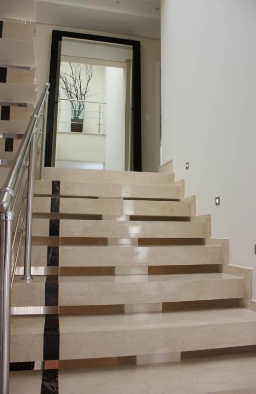 Pedras de Mármore na Escadas Itupeva - Escada com Mármore